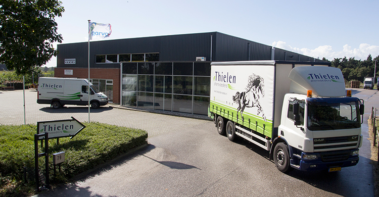 Thielen Diervoerders sponsor Tess Mertens